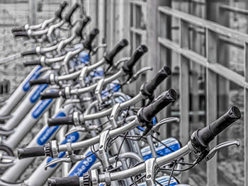 What Are The Similarities And Differences in The Management Rules of Bikes And Electric Bikes?